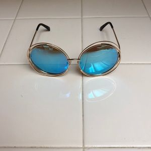 Accessories - John Lennon style sunglasses